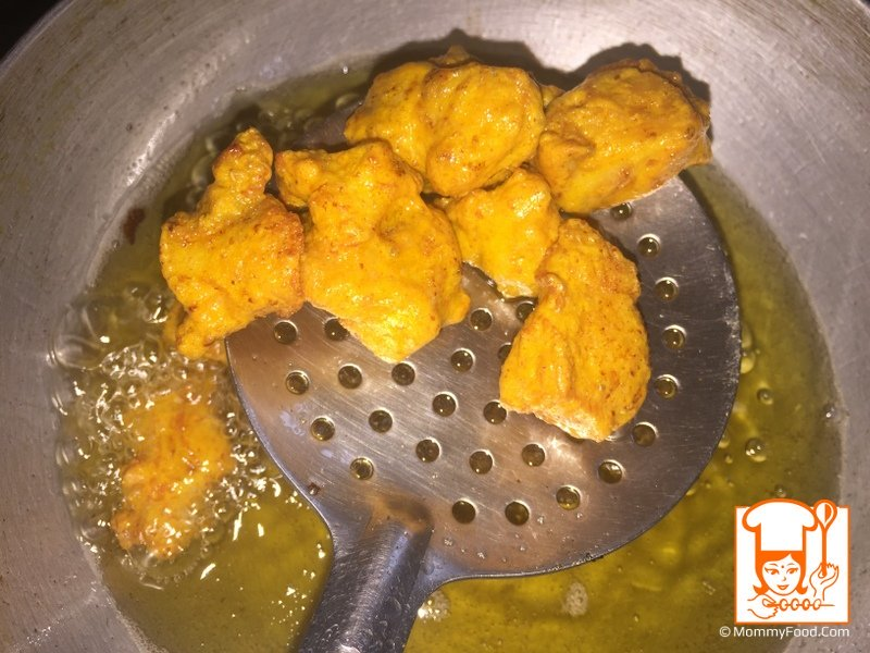 Let them fry till golden colour (approximately it will take 3-4 minutes)