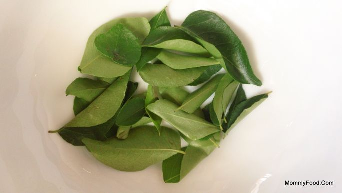 Curry leaves: Few